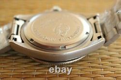 Fortis Diver Pilot Racer 610.22.158 200m Link Bracelet Watch + Packing Case Set