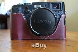 Fujifilm X100S black, beautiful Gariz leather half-case included, original owner
