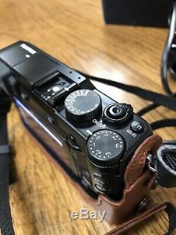 Fujifilm X-E2S 16mp Body With Leather Half Case And Strap Original Box