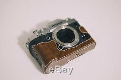 Fujifilm X-T3 Digital Camera Silver (Body Only + Leather Case + Original Box)