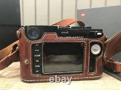 Leica M 240 Camera Body In Leicatime Leather Case Original Packaging Charger
