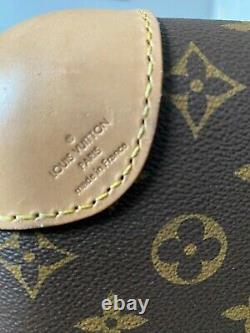 Louis Vuitton Horizon 55 hard case wheeled carry on authentic original owner