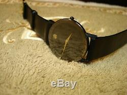 Mint Movado 87-40-882N Ultra Thin Men's 31mm Case All Original Swiss Watch