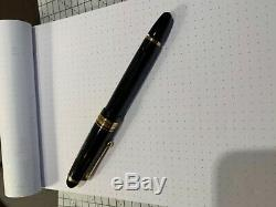 Pilot Custom 823 Fountain Pen M Gold Nib Made in Japan Black+ Leather case+ Ink