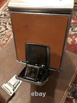 Polaroid Vintage SX-70 Land Camera withOriginal Leather Case