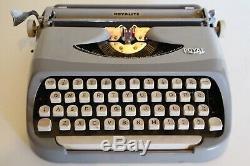 ROYAL ROYALITE Portable Typewriter Manual Original Royal Leather Case