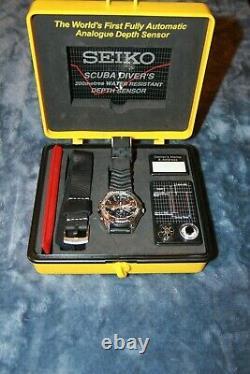SEIKO SLD005P Scuba Watch Auto Depth Sensor 200m, original PVC case, strap, etc