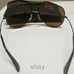 VINTAGE Bausch & Lomb Tide Racing Ray-Ban Aviators and original leather case
