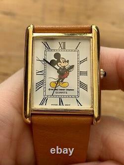 Vintage 1990s Mens Mickey Mouse Original Walt Disney Company! Tank Case