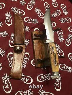 Vintage CASE Fixed Blade Stagg Hunting Knife And Leather Sheath. 1940s-1960s